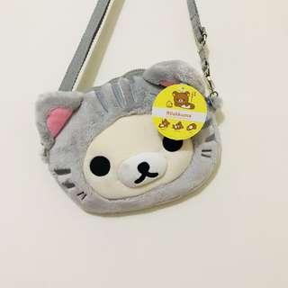 全新正版拉拉熊變裝貓咪絨毛玩偶娃娃造型斜背側背隨身小包(手機觸控包)