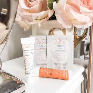 Avene Travel Size Deluxe Sample Bundle / Set • tinted cream spf50 • tolerance extreme cream • rich hydrating cream • light hydrating cream