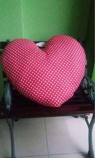 Bantal Duduk Handmade Heart