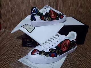 Gucci Floral Embroidered Sneakers