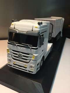 遙控車 拖頭 貨車 車斗模型 1:32 R/C Mercedes Benz Actros