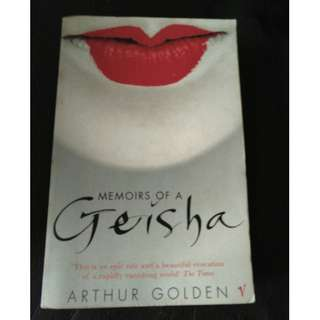 Pre - Loved Memoirs of a Geisha by Arthur Golden [Paperback]