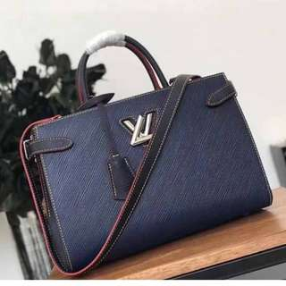 LV Twist Tote/ Authentic ----> PLS TAKE TIME TO READ the DETAILS BEFORE ASKING FURTHER QUESTIONS!!!