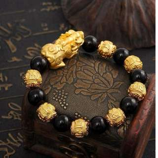 Gold Plated Single Pixiu Onyx Beads Bracelet