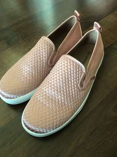 Vans style slip on shoes