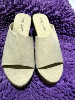Sandal (wedges)