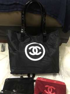 Chanel compliment large Tote Bag