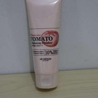 Skin Food Premium Tomato whitening Finisher SPF50+ PA+++