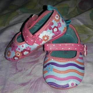 Pitter Pat Shoes 6-12 Mos