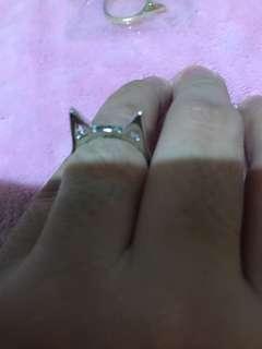 Silver ear cat ring