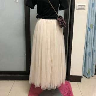 浪漫薄紗米色長裙