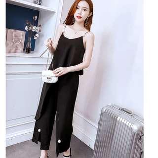 EE小舖~KT73796#氣質泰國潮牌珍珠不規則上衣+開叉長褲時髦套裝