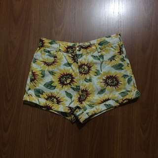 Sunflower highwaist shorts