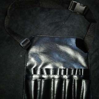 Make up brush belt bag