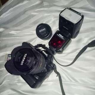 Nikon D5100 w/ accessories and bag(see description)