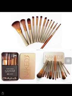 Naked3 Brush set