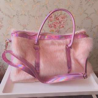 Aldo furry pink holographic duffle bag never used bought in Canada