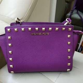 Michael Kors 紫色手袋