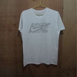 *SUPERSALE* NIKE DRIFIT TEE - XL