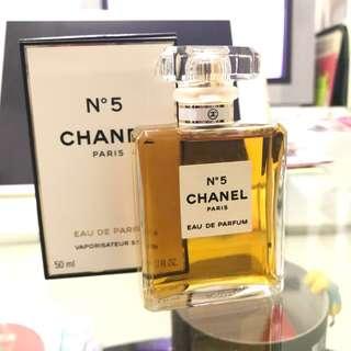 經典香奈兒5號香水Chanel N5