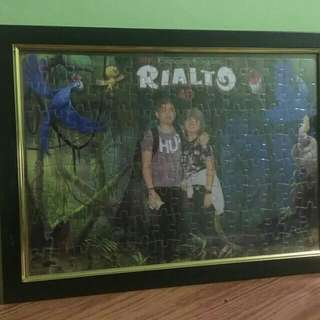 Picture puzzle with frame