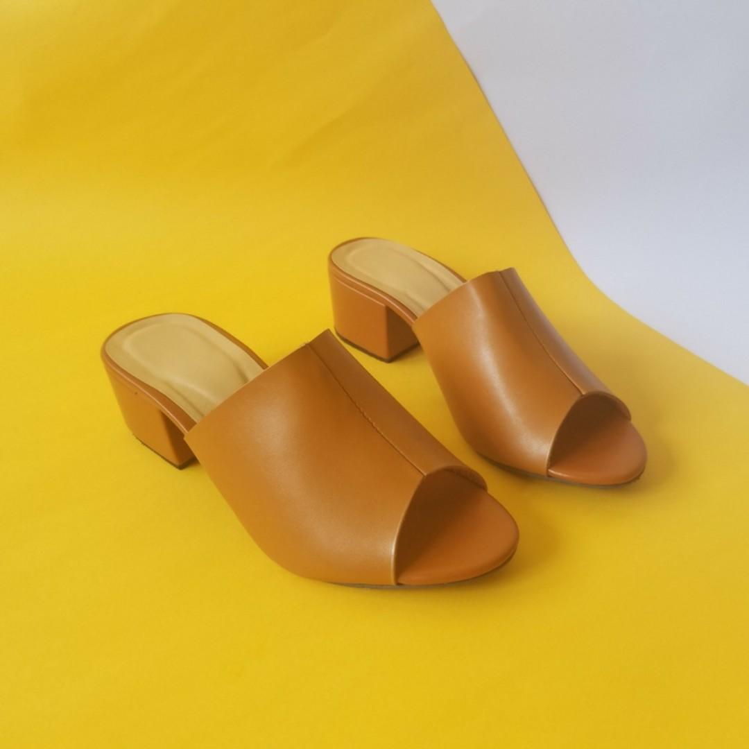Brand New Open-toe Sandals