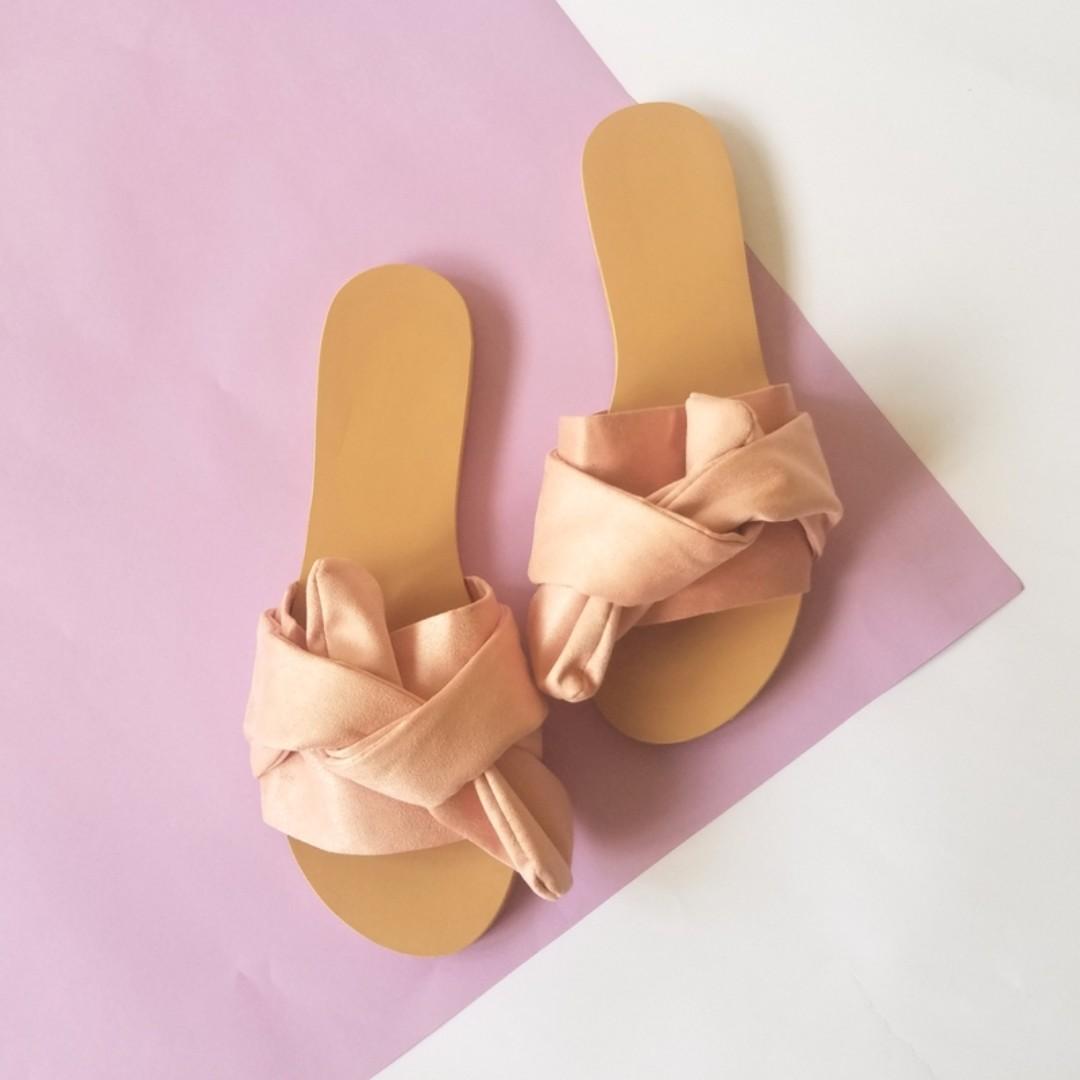 Brand New Tie-Knot Sandals