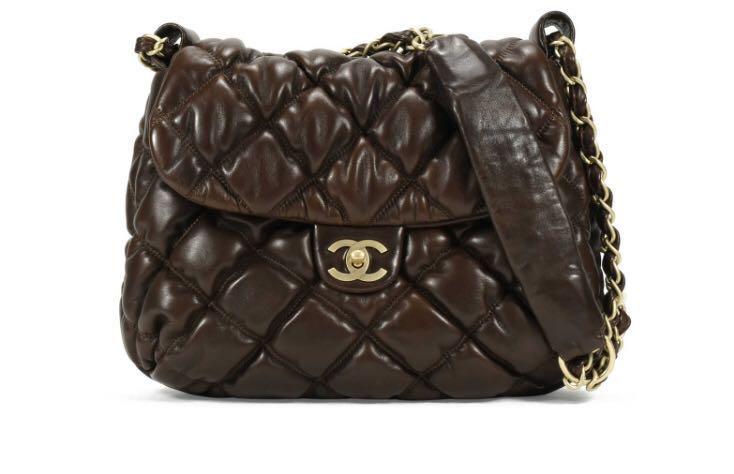 90545cad91c6 MUST SELL! Chanel Bubble Quilt Hobo Bag 💯 Authentic!