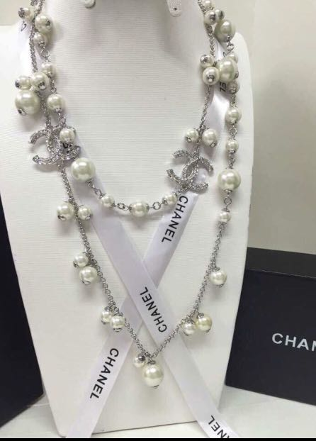 chanel necklace!