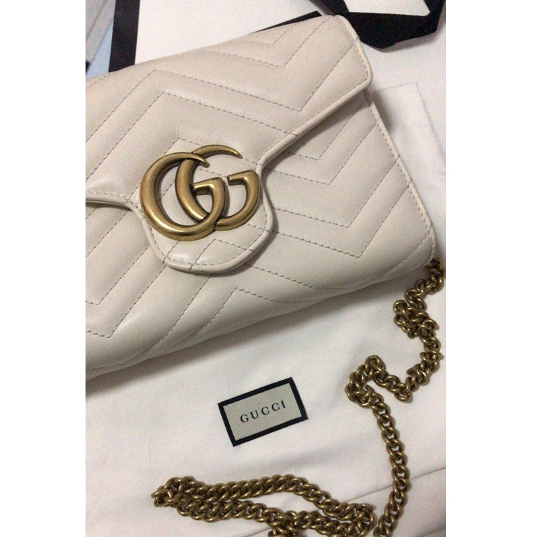 6e3e21769653 GUCCI marmont wallet on chain, Luxury, Bags & Wallets on Carousell