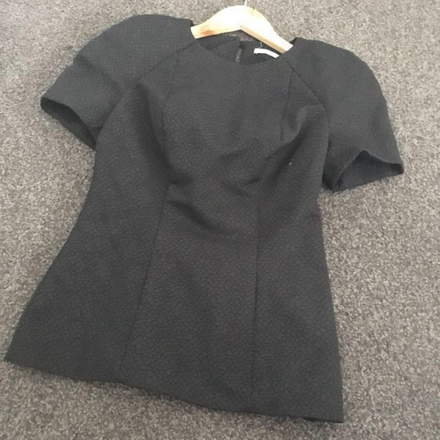 Kookai Black Textured Fitted Shoulder Pad Blouse Career Top Size 36 (8) EUC
