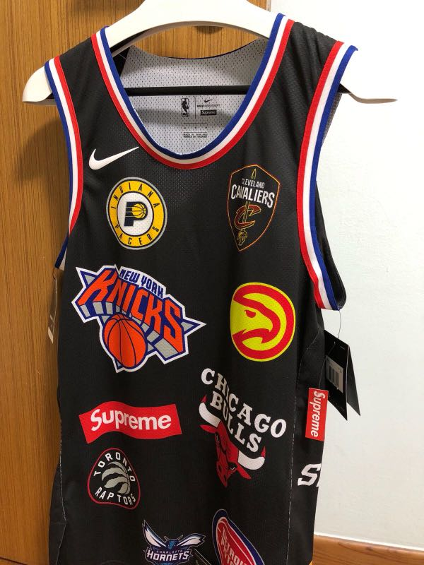 buy online 6a2ba 3e9da Selling Supreme x NBA jersey black size M (Instock), Men's ...