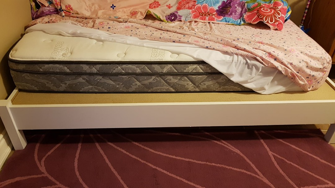 Twin size Mattress and bed frame