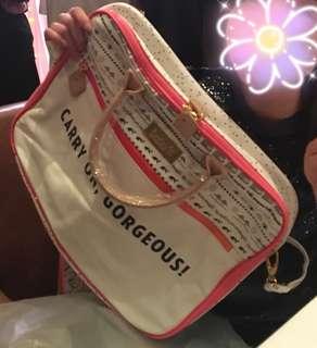Benefit 袋 (可裝奶粉尿片袋)