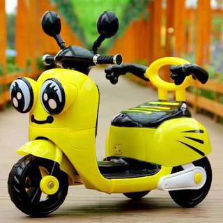 Minions Rechargeable Scooter Ride On Motorcycle Big Bike
