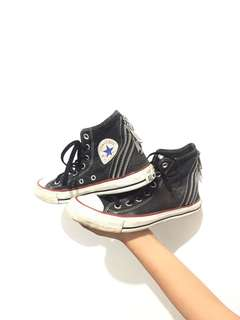 Sepatu preloved branded bekas second hnm guess mango zara gucci