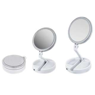MY BRUSH SET- LED FOLDING VANITY MIRROR
