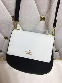 AUTHENTIC KATE SPADE SLING BAG 👌