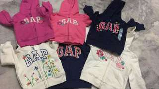 BABY GAP HOODED ZIP SWEATER