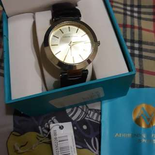 Preowned authentic Adrienne Vittadini watch