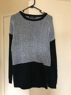 Glassons Black and white oversized winter knit jumper