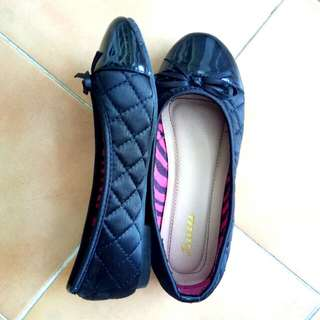 Black shoes with Ribbon Size 13