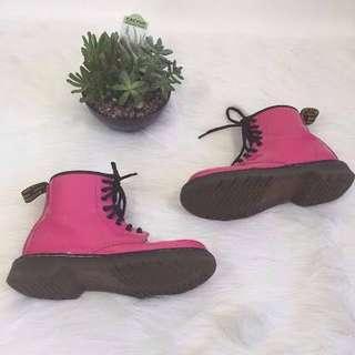 Hot pink docs