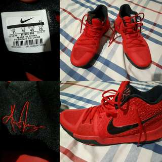 Kyrie 3 University Red