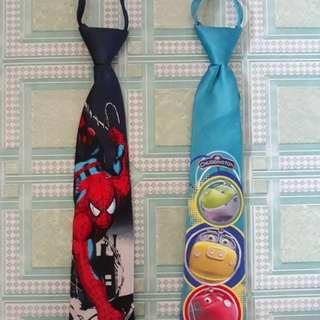 Character necktie