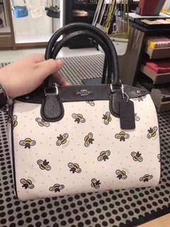Coach Mini Bennett Busy bee print super cute!
