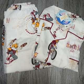🚚 Clothes one set