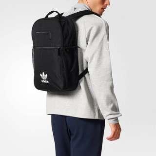 Adidas ESSENTIAL TREFOIL / BK6721
