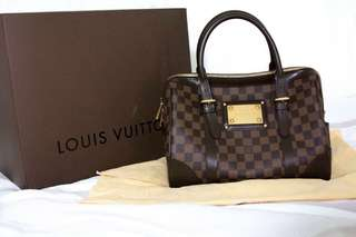 Authentic Louis Vuitton Damier Berkeley Bag