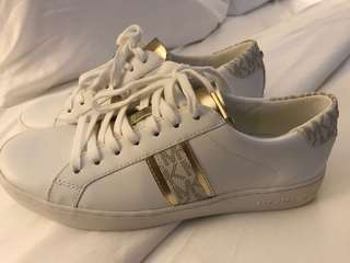 Authentic Michael Kors Irving Lace Up White/Gold